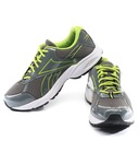 Reebok Sports Flat 63% off  Shoes @ Snapdeal